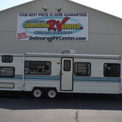 Used 1994 Thor Four Winds 300 For Sale by Delmarva RV Center available in Milford, Delaware