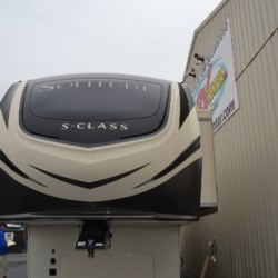 2019 Grand Design Solitude 2930RL  - Fifth Wheel New  in Milford DE For Sale by Delmarva RV Center call 800-843-0003 today for more info.