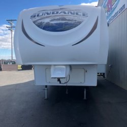 2011 Heartland  Sundance XLT SD XLT 275RE  - Fifth Wheel Used  in Milford DE For Sale by Delmarva RV Center call 800-843-0003 today for more info.
