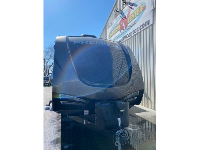 2017 Keystone Bullet 29RKPR - Used Travel Trailer For Sale by Delmarva RV Center in Milford, Delaware features Refrigerator, CO Detector, Leveling Jacks, Medicine Cabinet, External Shower
