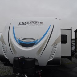 New 2019 Coachmen Freedom Express 310BHDSLE For Sale by Delmarva RV Center available in Milford, Delaware