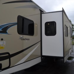 Delmarva RV Center 2018 Freedom Express Liberty Edition 292BHDSLE  Travel Trailer by Coachmen | Milford, Delaware