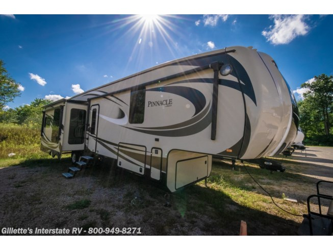 Used 2016 Pinnacle 36FBTS available in East Lansing, Michigan