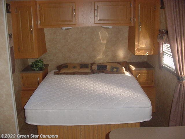 2006 Capri 300 QBS by Coachmen from Green Star Campers in Rapid City, South Dakota