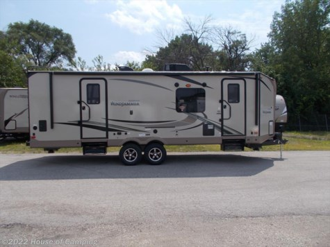 New 2018 Forest River Rockwood Ultra Lite 2618W For Sale by House of Camping available in Bridgeview, Illinois
