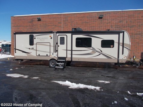 New 2020 Forest River Rockwood Signature Ultra Lite 8324BS For Sale by House of Camping available in Bridgeview, Illinois