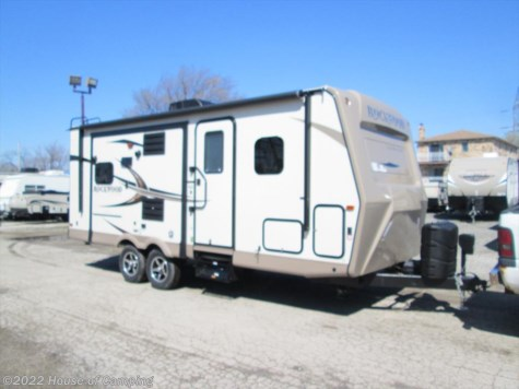 New 2020 Forest River Rockwood Ultra Lite 2304DS For Sale by House of Camping available in Bridgeview, Illinois