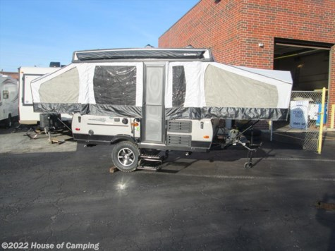 New 2019 Forest River Rockwood Freedom 1970 ESP For Sale by House of Camping available in Bridgeview, Illinois