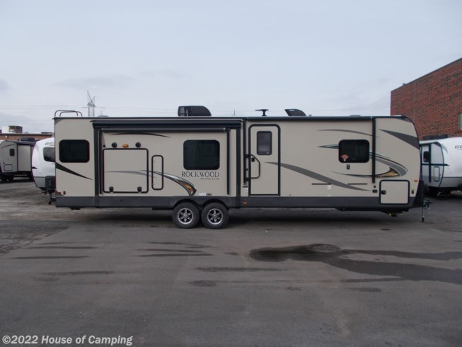 New 2019 Forest River Rockwood Ultra Lite 2906RSD available in Bridgeview, Illinois