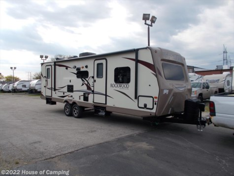New 2019 Forest River Rockwood Ultra Lite 2702WS For Sale by House of Camping available in Bridgeview, Illinois