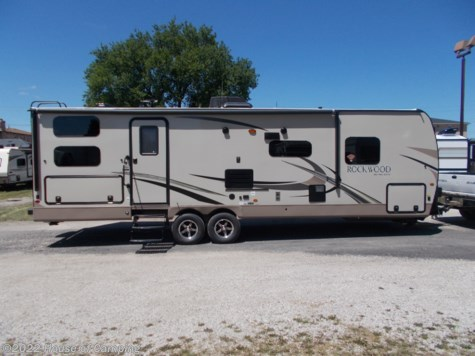 New 2019 Forest River Rockwood Ultra Lite 2706WS For Sale by House of Camping available in Bridgeview, Illinois