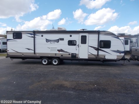 Used 2015 Forest River Wildwood X-Lite 272QB For Sale by House of Camping available in Bridgeview, Illinois
