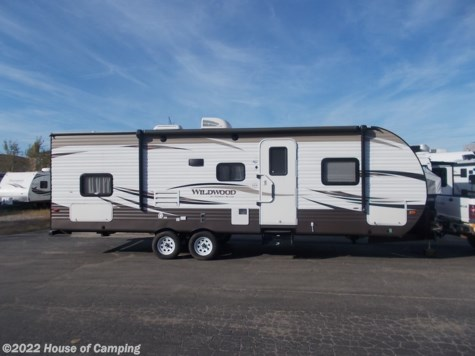 Used 2018 Forest River Wildwood 28DBUD For Sale by House of Camping available in Bridgeview, Illinois