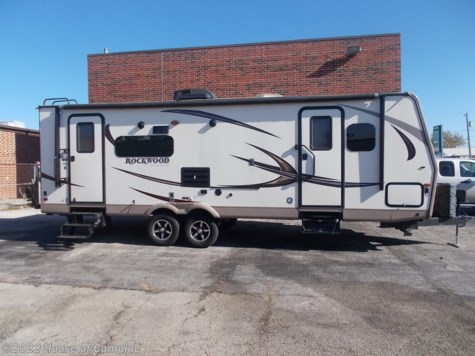 Used 2017 Forest River Rockwood Ultra Lite 2604WS For Sale by House of Camping available in Bridgeview, Illinois