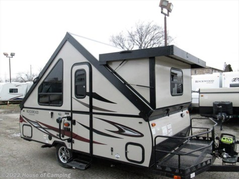 New 2018 Forest River Rockwood Hard Side A122BH For Sale by House of Camping available in Bridgeview, Illinois