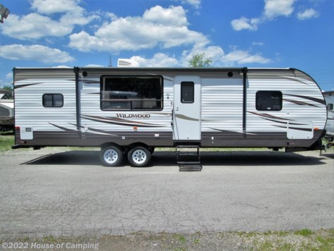 New 2018 Forest River Wildwood 27RKSS For Sale by House of Camping available in Bridgeview, Illinois