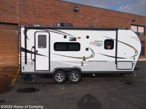 New 2019 Forest River Rockwood Mini Lite 2109S For Sale by House of Camping available in Bridgeview, Illinois
