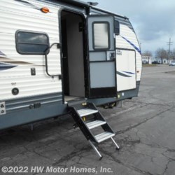 2019 Palomino Puma 30FBSS  - Travel Trailer New  in Canton MI For Sale by HW Motor Homes, Inc. call 800-334-1535 today for more info.