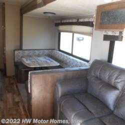 2018 Palomino Puma 31BHSS  - Travel Trailer New  in Canton MI For Sale by HW Motor Homes, Inc. call 877-370-6402 today for more info.