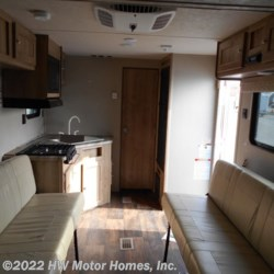 2017 Palomino Puma XLE 21TUC  - Toy Hauler New  in Canton MI For Sale by HW Motor Homes, Inc. call 800-334-1535 today for more info.