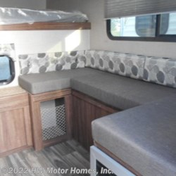 2018 Travel Lite Super Lite 625  - 5 1/2' or 6 1/2' Beds  - Truck Camper New  in Canton MI For Sale by HW Motor Homes, Inc. call 800-334-1535 today for more info.