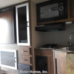 2018 Travel Lite Super Lite 625  - Short Bed  - Truck Camper New  in Canton MI For Sale by HW Motor Homes, Inc. call 800-334-1535 today for more info.