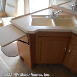 HW Motor Homes, Inc. 2005 Sea Breeze 8321 LX  Class A by National RV | Canton, Michigan