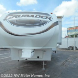 2014 Prime Time Crusader 260RLD  - Fifth Wheel Used  in Canton MI For Sale by HW Motor Homes, Inc. call 800-334-1535 today for more info.