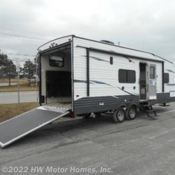 New 2018 Palomino Puma XLE 24 FBC For Sale by HW Motor Homes, Inc. available in Canton, Michigan