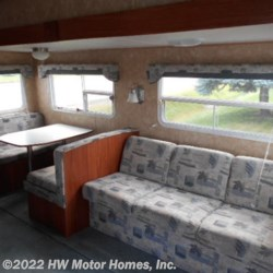 HW Motor Homes, Inc. 2004 Nomad 2505  Fifth Wheel by Skyline | Canton, Michigan