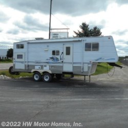 Used 2004 Skyline Nomad 2505 For Sale by HW Motor Homes, Inc. available in Canton, Michigan