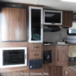 HW Motor Homes, Inc. 2018 Super Lite 625  - Short Bed  Truck Camper by Travel Lite | Canton, Michigan
