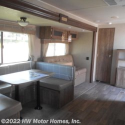 2018 Palomino Puma XLE 28 DSBC  - Travel Trailer New  in Canton MI For Sale by HW Motor Homes, Inc. call 800-334-1535 today for more info.