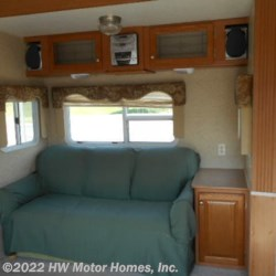 HW Motor Homes, Inc. 2005 - 31 RG - Opposing Slides  Fifth Wheel by North Shore | Canton, Michigan