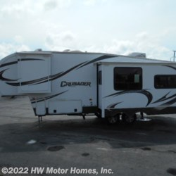 Used 2014 Prime Time Crusader 260RLD For Sale by HW Motor Homes, Inc. available in Canton, Michigan