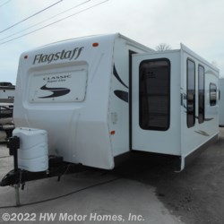 Used 2014 Forest River Flagstaff Classic Super Lite 831FKBSS For Sale by HW Motor Homes, Inc. available in Canton, Michigan