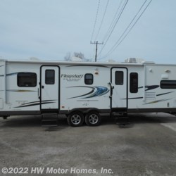 HW Motor Homes, Inc. 2014 Flagstaff Classic Super Lite 831FKBSS  Travel Trailer by Forest River | Canton, Michigan