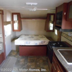 2015 Palomino Canyon Cat 21FBC  - Travel Trailer Used  in Canton MI For Sale by HW Motor Homes, Inc. call 800-334-1535 today for more info.