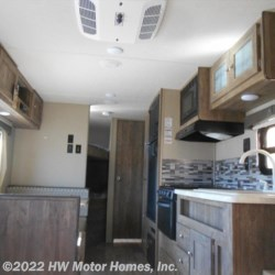 2018 Palomino Puma XLE 22 RBC  - Travel Trailer New  in Canton MI For Sale by HW Motor Homes, Inc. call 800-334-1535 today for more info.