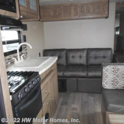 2019 Palomino Puma XLE 27 FQC  - Travel Trailer New  in Canton MI For Sale by HW Motor Homes, Inc. call 800-334-1535 today for more info.