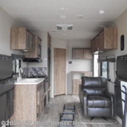 2019 Palomino Puma XLE 24 FBC  - Toy Hauler New  in Canton MI For Sale by HW Motor Homes, Inc. call 800-334-1535 today for more info.