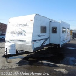Used 2006 Forest River Wildwood 29 BHSS Super Slide For Sale by HW Motor Homes, Inc. available in Canton, Michigan