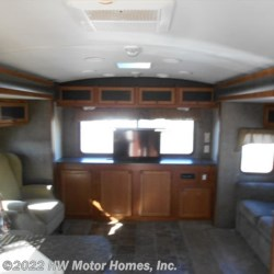 2013 Heartland  Wilderness 3175RE  - Travel Trailer Used  in Canton MI For Sale by HW Motor Homes, Inc. call 800-334-1535 today for more info.