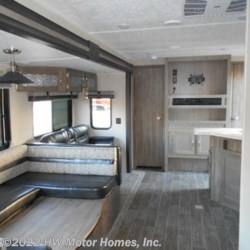 New 2020 Palomino Puma 29QBSS For Sale by HW Motor Homes, Inc. available in Canton, Michigan