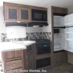 HW Motor Homes, Inc. 2019 Puma XLE 30 DBSC - LARGE O.S. Kitchen  Travel Trailer by Palomino | Canton, Michigan
