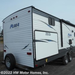 New 2019 Palomino Puma XLE 30 DBSC - LARGE O.S. Kitchen For Sale by HW Motor Homes, Inc. available in Canton, Michigan