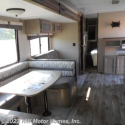 HW Motor Homes, Inc. 2019 Puma XLE 30 DBSC  Travel Trailer by Palomino | Canton, Michigan