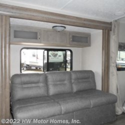 2019 Palomino Puma XLE Lite 21FBC  - Travel Trailer New  in Canton MI For Sale by HW Motor Homes, Inc. call 800-334-1535 today for more info.