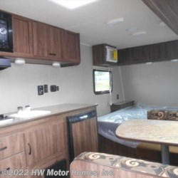 HW Motor Homes, Inc. 2018 Express E 18  Travel Trailer by Travel Lite | Canton, Michigan