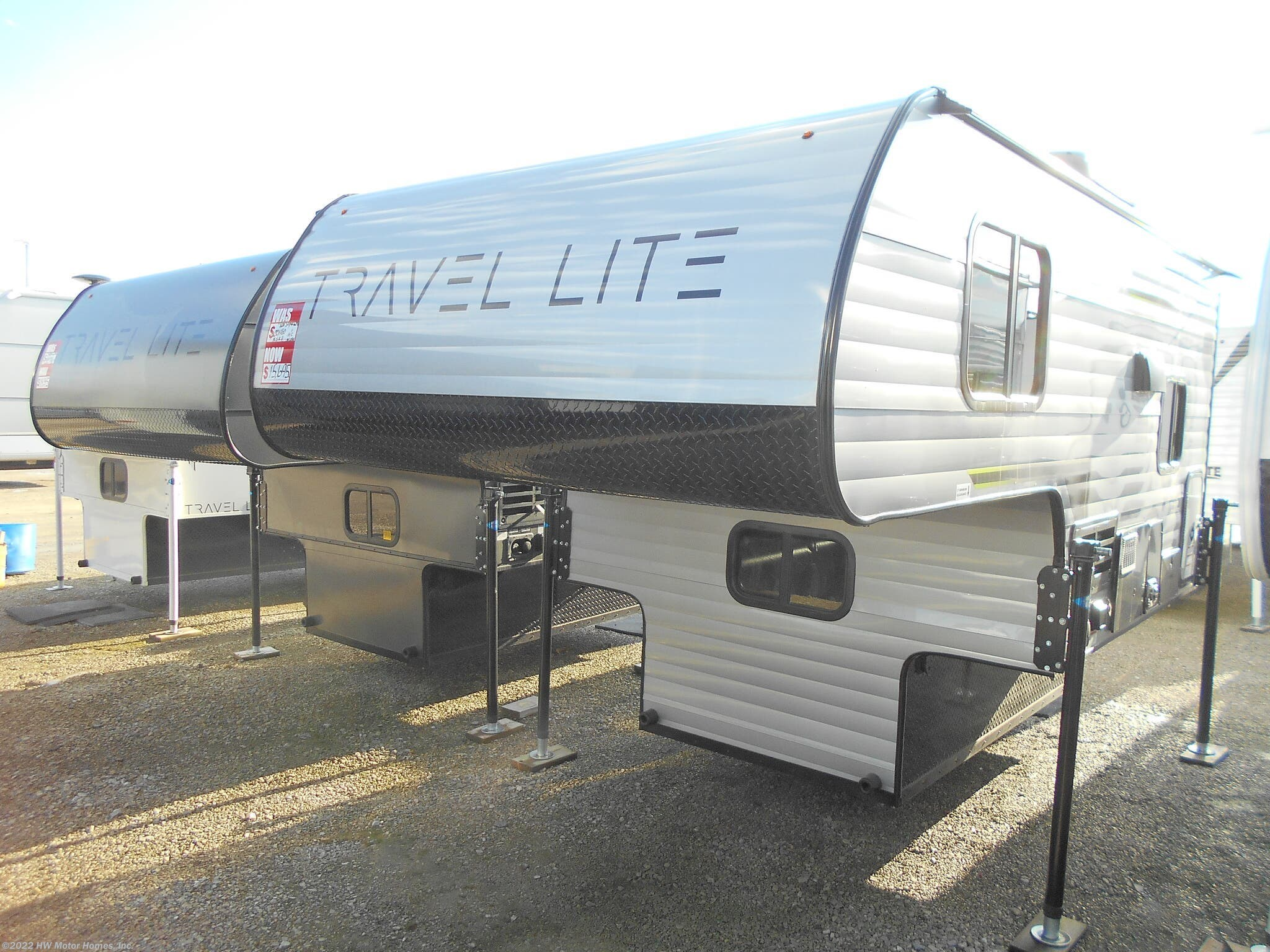 #N96031 - 2019 Travel Lite Truck Campers 700SL for sale in Canton MI